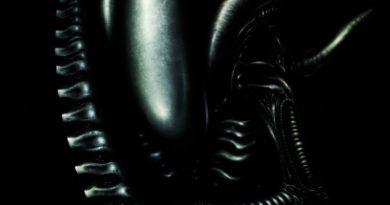 """Alan Dean Foster. Obcy: 8 pasażer """"Nostromo"""" – recenzja"""